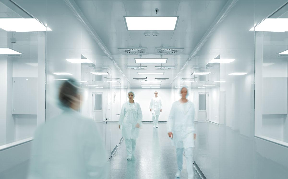 Νοσηλεία σε ΜΕΘ: Τι καλύψεις προσφέρουν τα ασφαλιστήρια υγείας