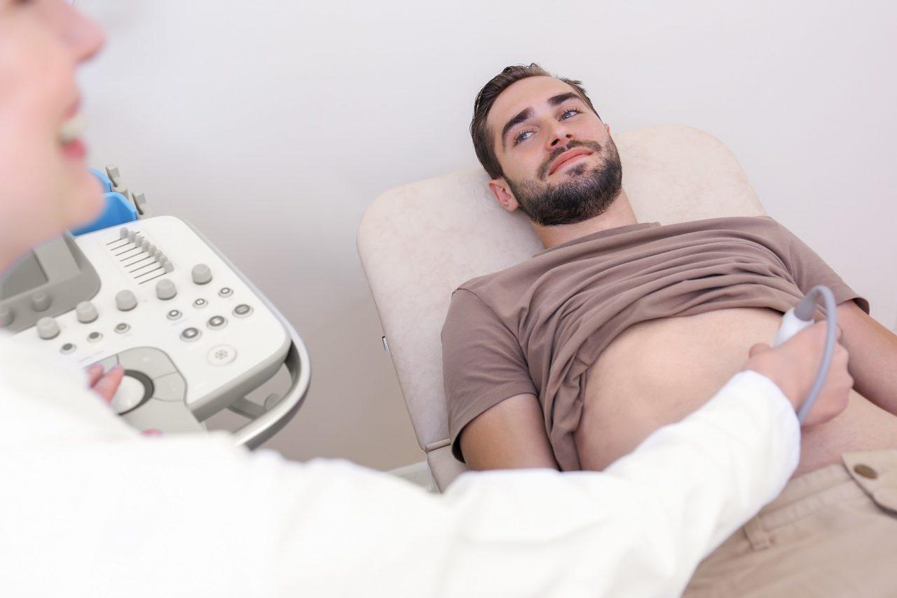 Καρκίνος παχέος εντέρου: Η έγκαιρηδιάγνωση οδηγεί σε ίαση