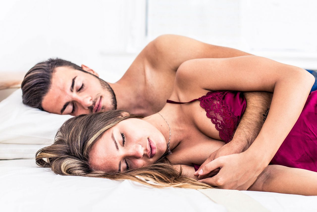 Ύπνος: Οι οκτώ καλύτερες στάσεις για ένα ζευγάρι