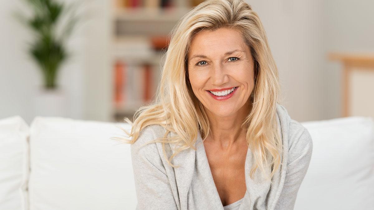 Εμμηνόπαυση: Μπορούν τα βότανα να μειώσουν τις εξάψεις;