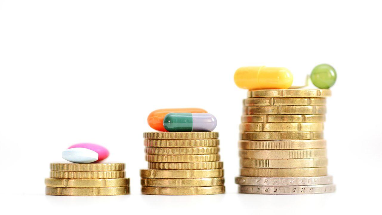 Φάρμακο: Επικοινωνιακό πυροτέχνημα, δημοσιονομική ανάγκη ή πραγματική οφειλή το ανείσπρακτο rebate;