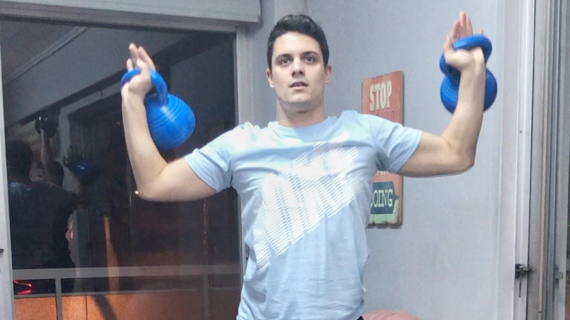 Kettlebell: Η προπόνηση που θα αλλάξει το σώμα σας [Βίντεο]