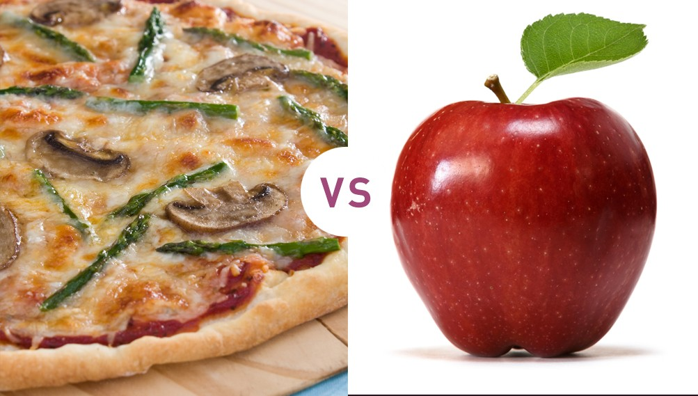 Πίτσα vs Μήλο: Πως θα επιλέξετε το δεύτερο