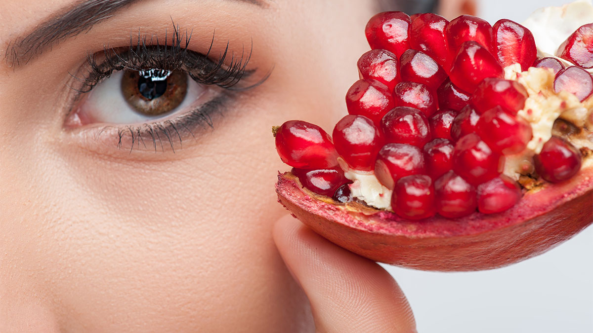 Το κόκκινο φρούτο που είναι φάρμακο για το έντερο
