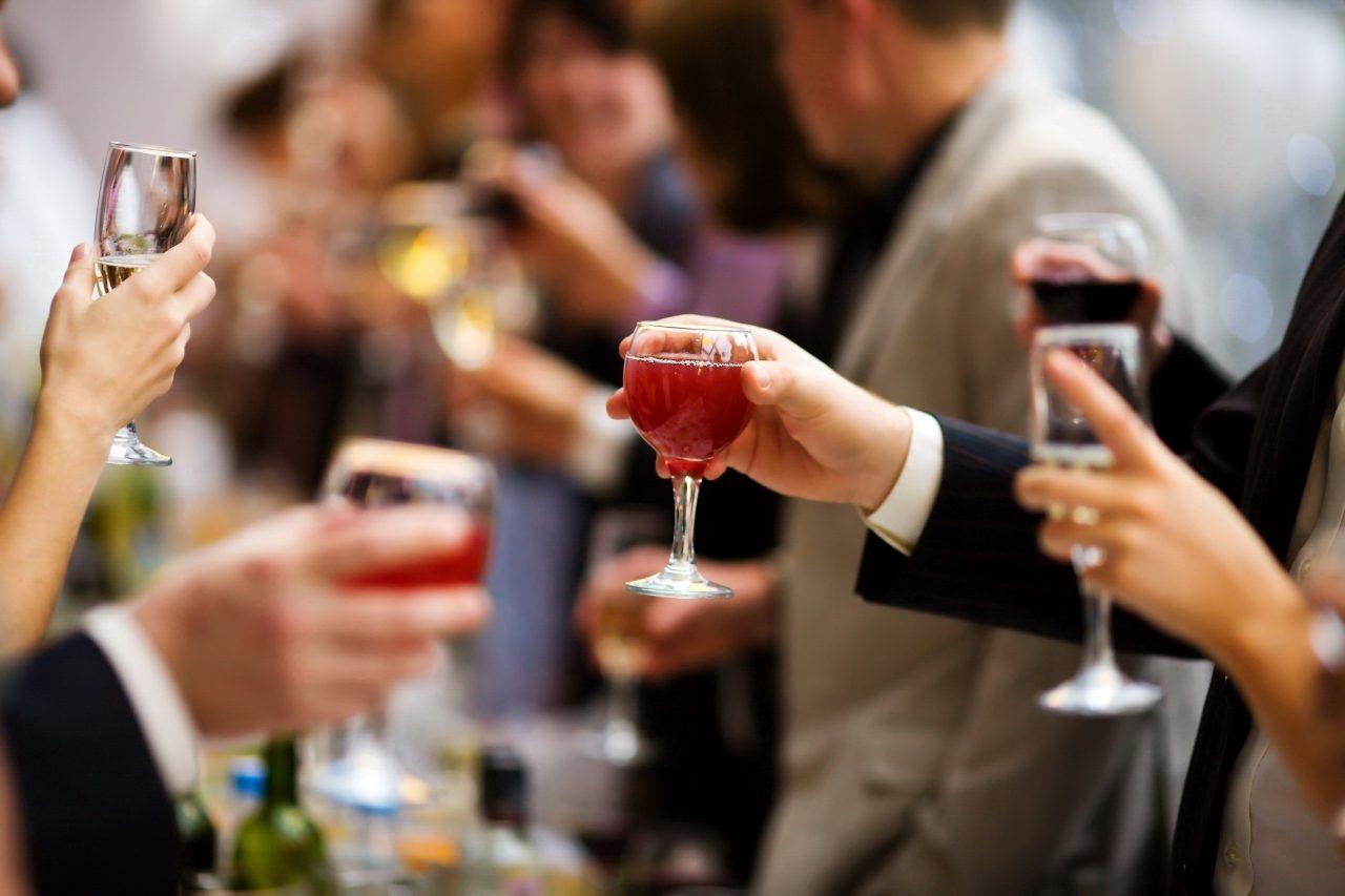 Κρασί: Πόσο μας ωφελεί