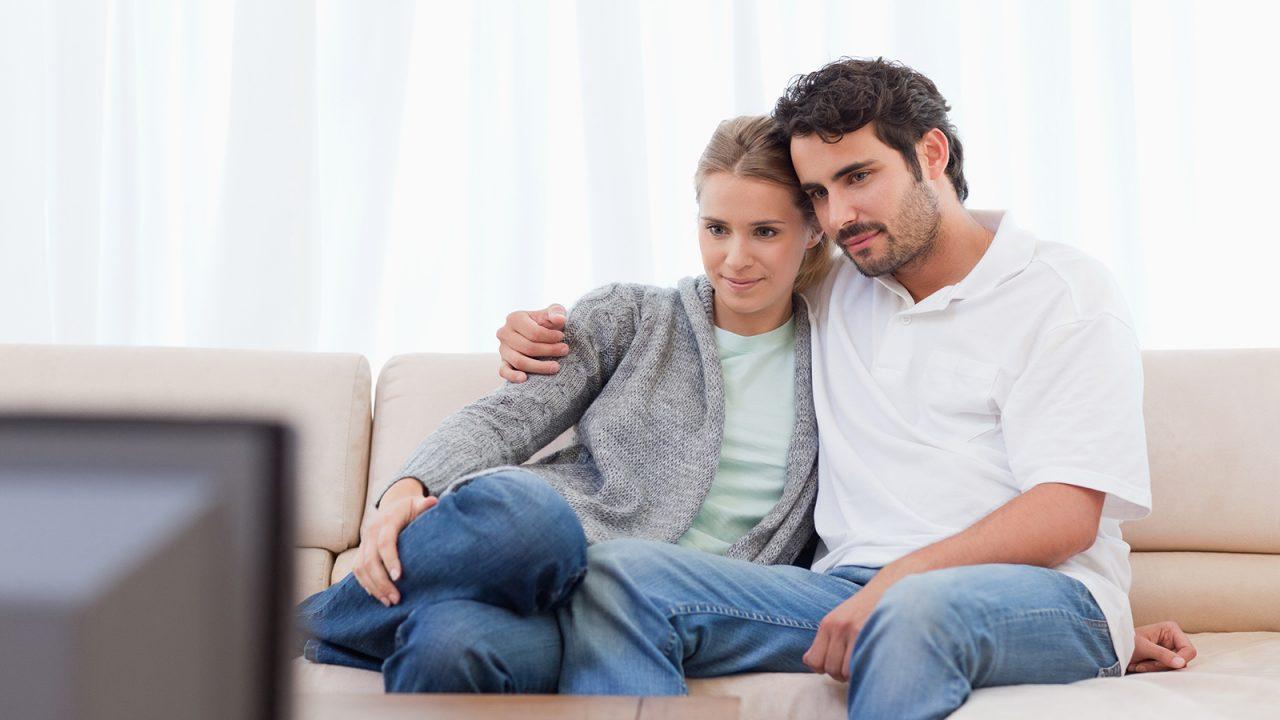 Καρκίνος: «Πόση» τηλεόραση αυξάνει τον κίνδυνο