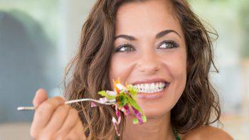 Χοληστερόλη: Ο δυνατός συνδυασμός που τη ρίχνει χαμηλά