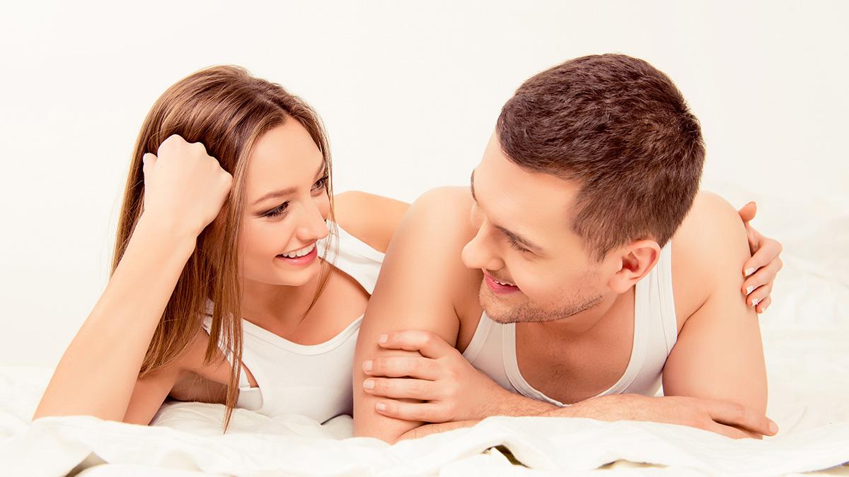 Πώς να αυξήσετε τη διάθεση για πρωινό σεξ