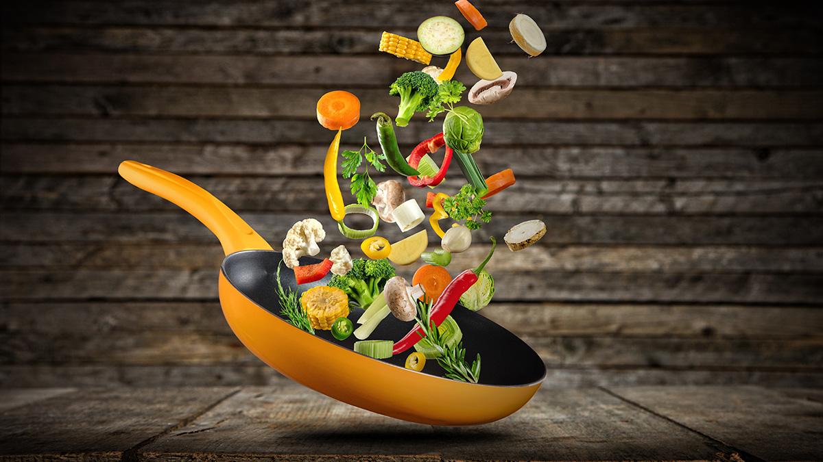 H διατροφή που προφυλάσσει από κορωνοϊό και καρδιαγγειακές παθήσεις
