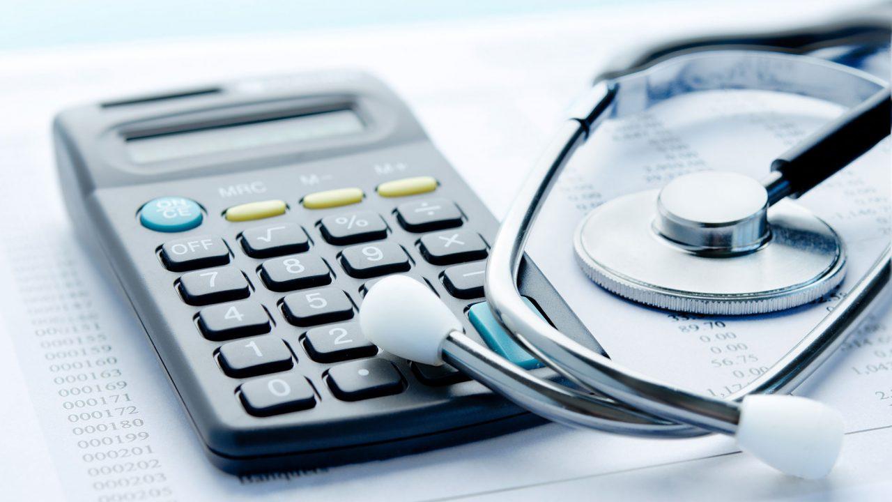 Προγράμματα υγείας για αλλοδαπούς: Τι προβλέπουν τα πακέτα των εταιριών
