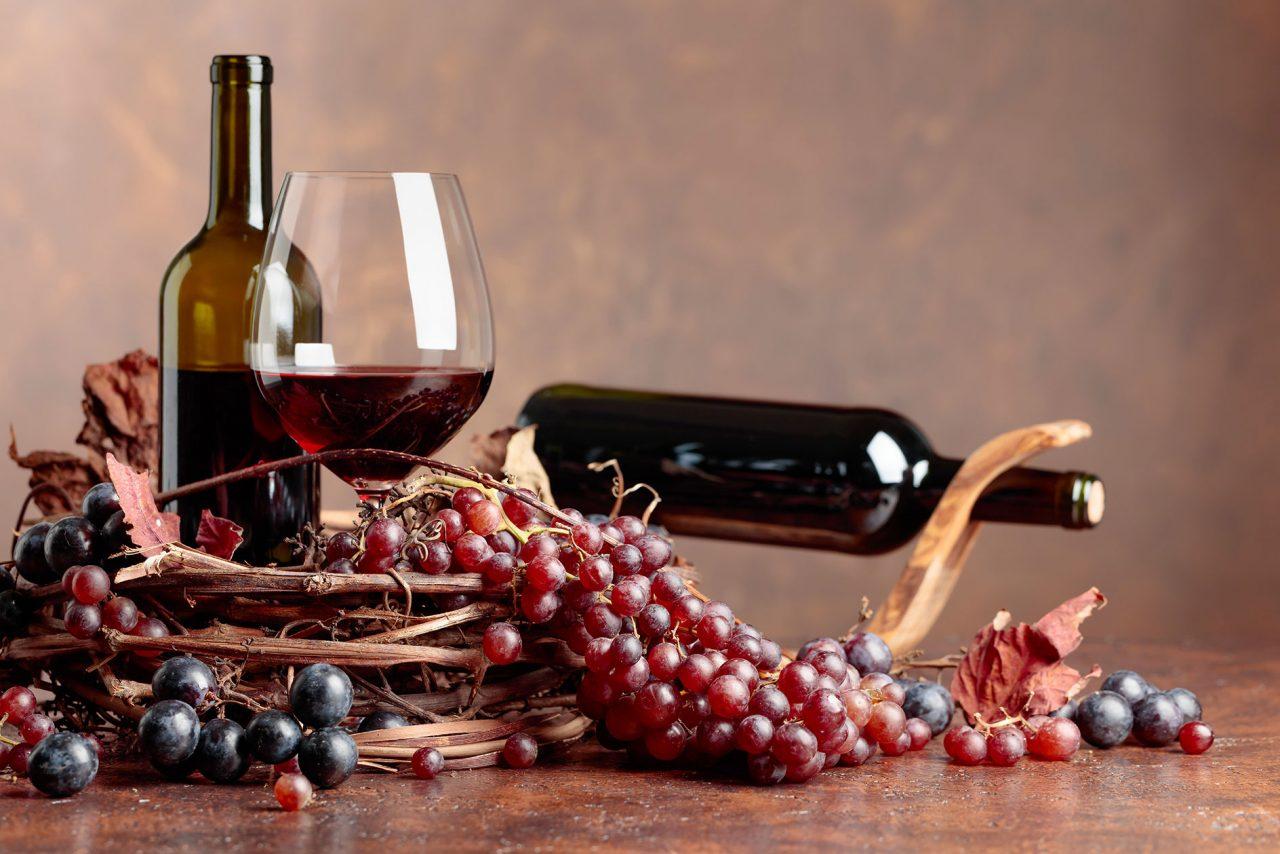 Ένα ποτήρι κόκκινο κρασί είναι καλύτερο κι από μία ώρα στο γυμναστήριο