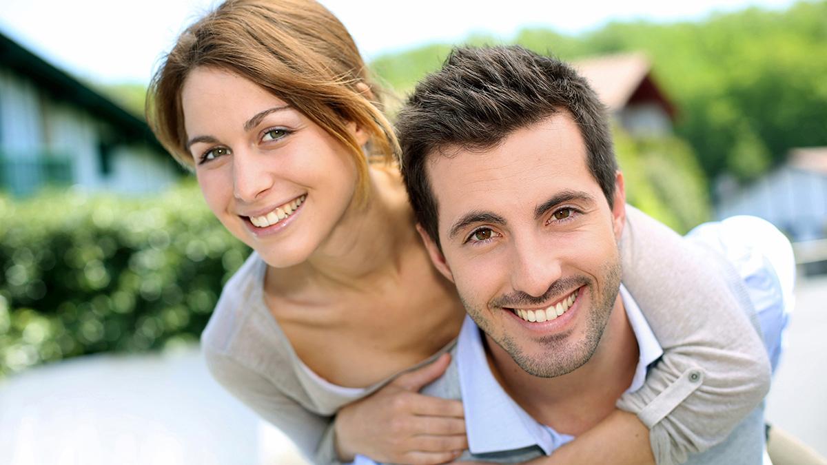 συμβουλές που βγαίνουν με μεγαλύτερο άντρα