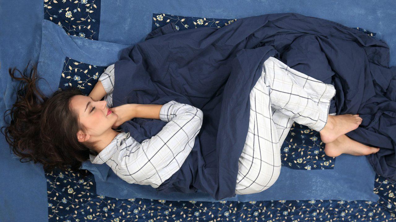Να γιατί το πόσο κοιμόμαστε επηρεάζει το πόσο παχαίνουμε