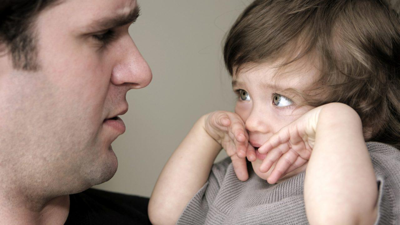 Ο σοβαρός λόγος που δεν πρέπει να τιμωρείτε τα παιδιά σας