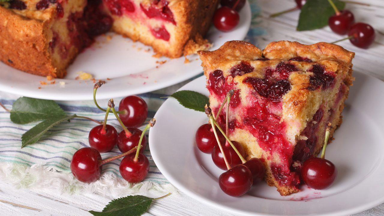 Το καλοκαιρινό φρούτο που μειώνει τον πόνο στις αρθρώσεις και τους μύες