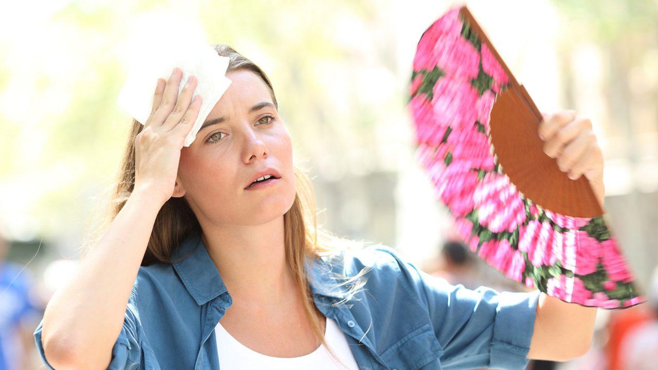 Καύσωνας: Εννέα μέτρα προστασίας για να αποφύγετε τους κινδύνους