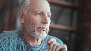 Κατάθλιψη: Ποιοι δεν παραδέχονται ότι έχουν πρόβλημα – Τα ανησυχητικά συμπτώματα