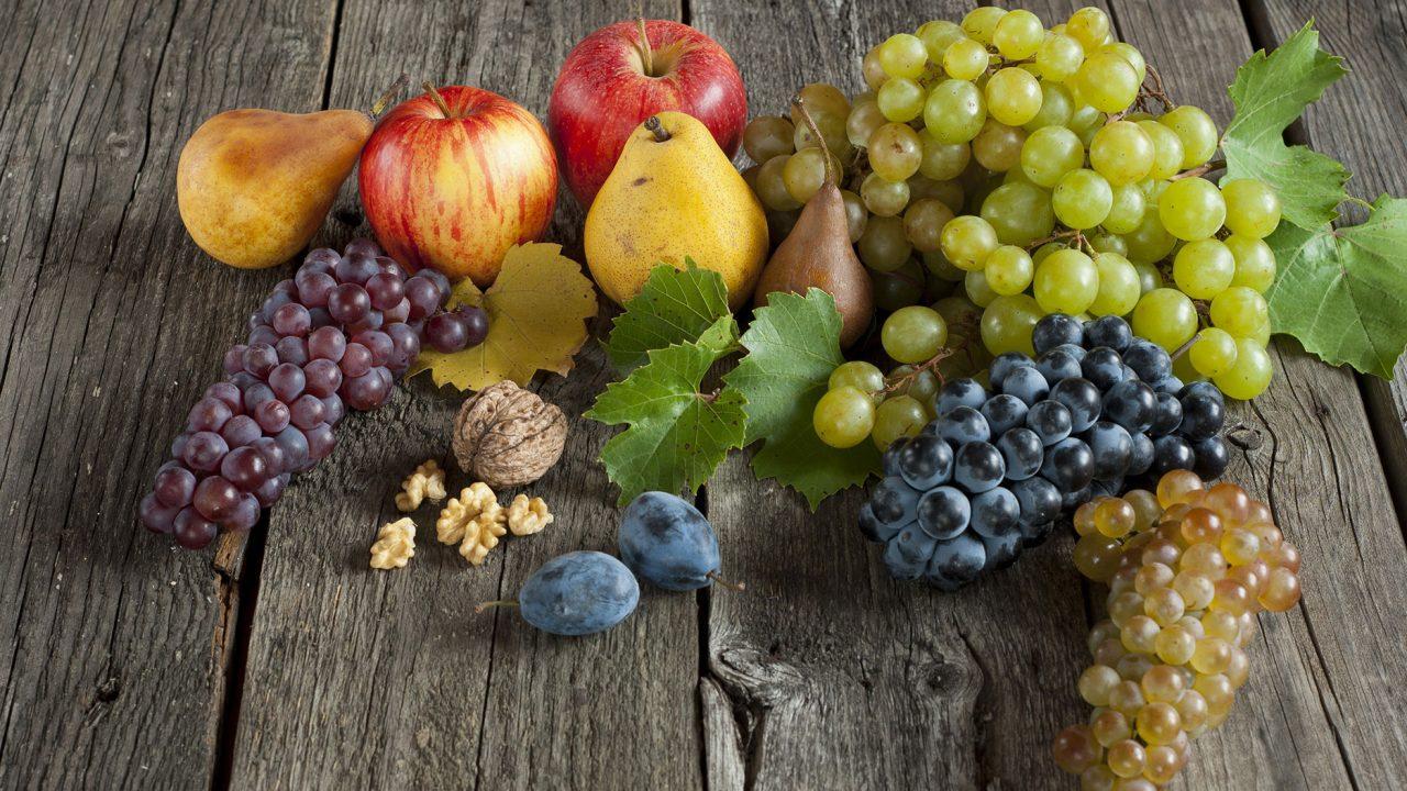 Τα ζουμερά φρούτα που προστατεύουν το δέρμα από τον ήλιο