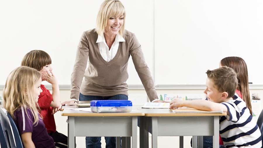 Σχολείο: Γιατί και πότε τα κορίτσια είναι καλύτερα στα τεστ