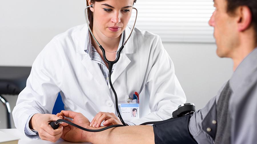 Μικρή ή μεγάλη; Ποια μέτρηση της αρτηριακής πίεσης είναι πιο επικίνδυνη