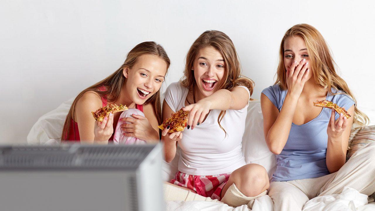 Ποια ψυχική νόσος απειλεί τους έφηβους που τρώνε πρόχειρο φαγητό