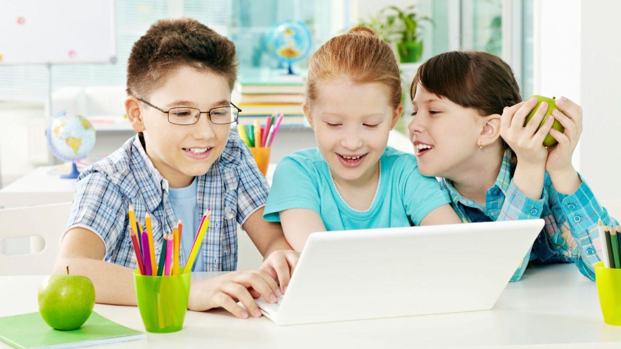 Να τι πρέπει να κάνετε για να πάρουν τα παιδιά καλούς βαθμούς στο σχολείο