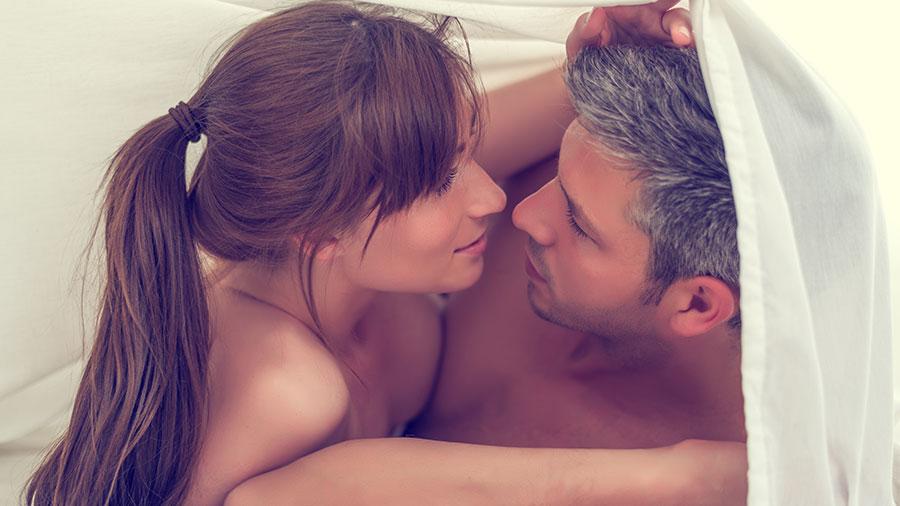 Επτά τρόποι να ενισχύσετε τη σεξουαλική επιθυμία