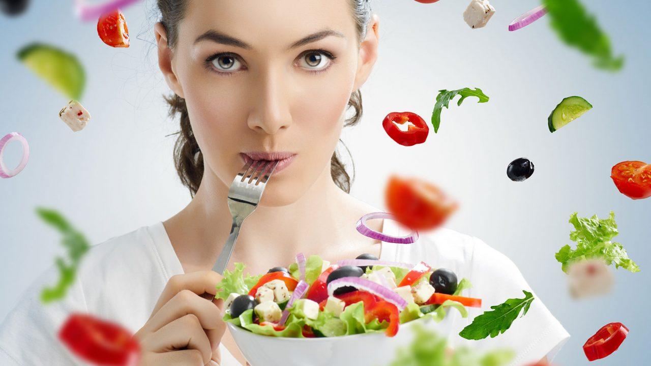 Ωμά ή μαγειρεμένα; Πώς είναι καλύτερα να τρώμε τα λαχανικά