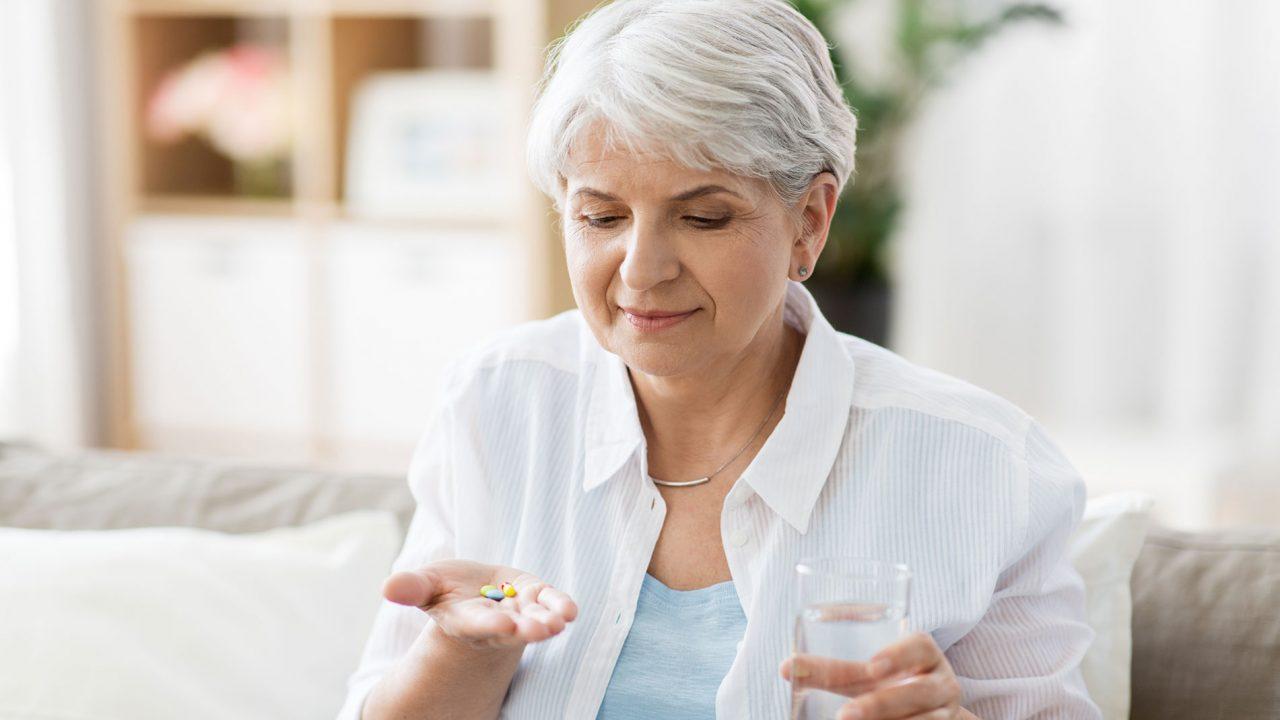 Κορωνοϊός: Το πασίγνωστο χάπι που προστατεύει τους πνεύμονες και μειώνει κατά 47% τον κίνδυνο θανάτου