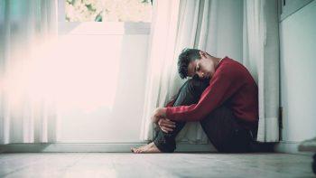 Το προφίλ που αποκαλύπτει αν κινδυνεύουμε από δεύτερο επεισόδιο κατάθλιψης