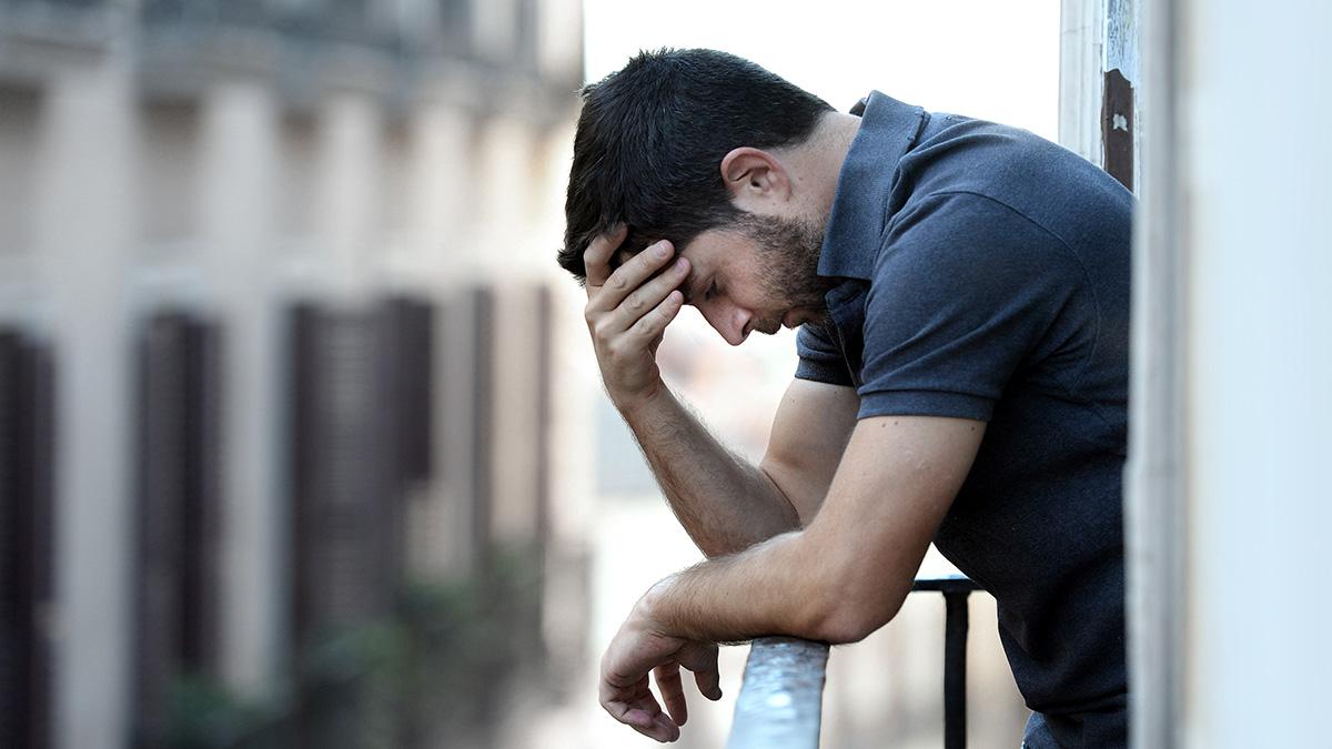 Κατάθλιψη: Ο κίνδυνος αυξάνεται από τον αέρα που αναπνέουμε
