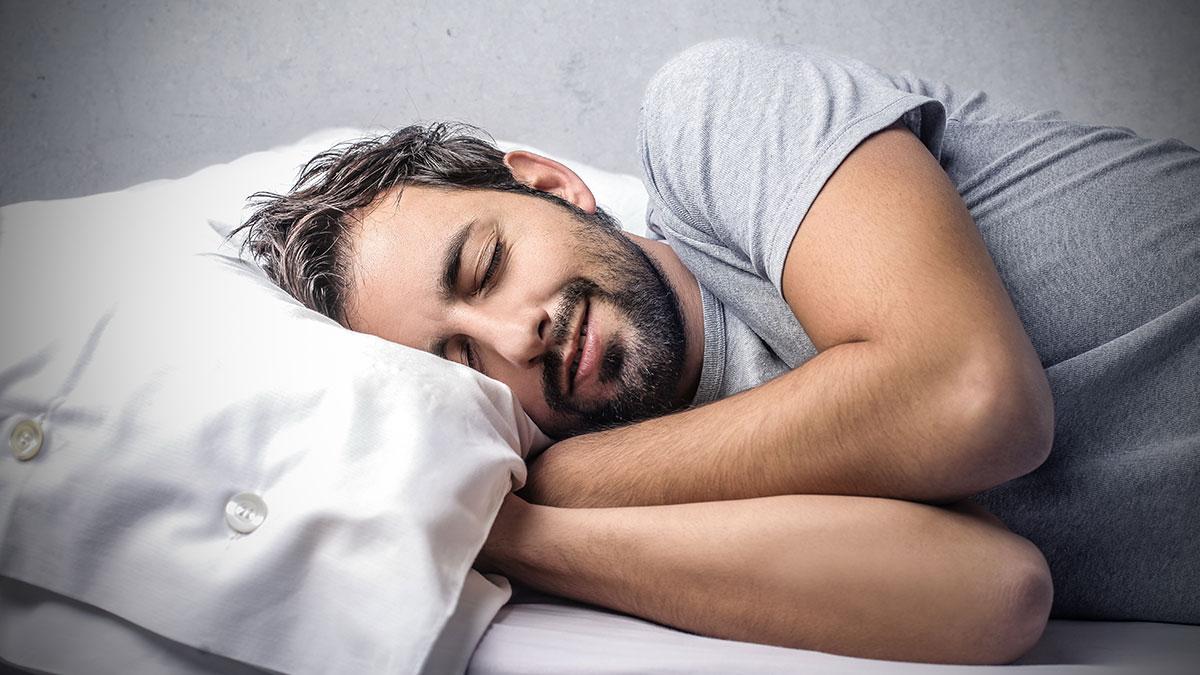 Σας λείπει ύπνος; Καλύτερα να πετάξετε τα γλυκά από το σπίτι