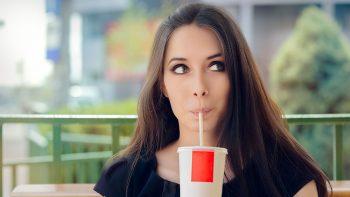 Τα πασίγνωστα ποτά που αυξάνουν κατά 53% τα τριγλυκερίδια και απειλούν την καρδιά