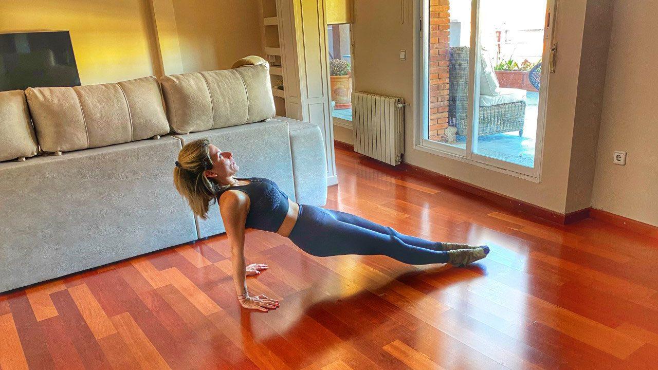 Το πρωινό workout που θα σας γεμίσει ενέργεια – Είναι εύκολο!