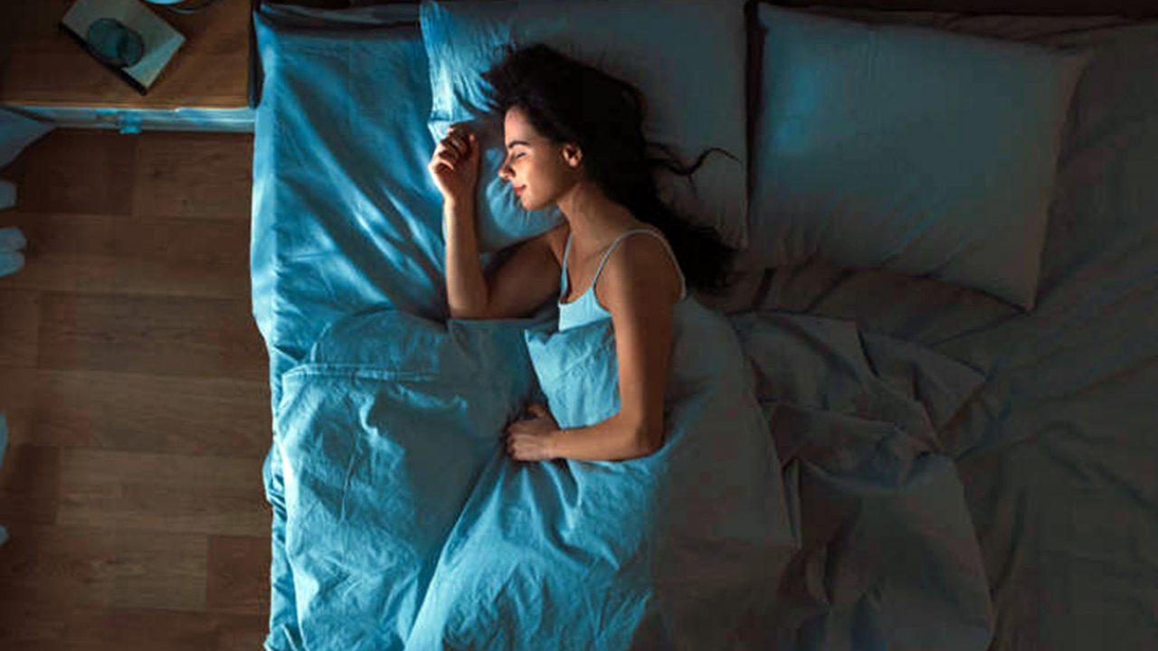 Δεν σας κολλάει ύπνος; Εννέα top tips για να αποκοιμηθείτε αμέσως