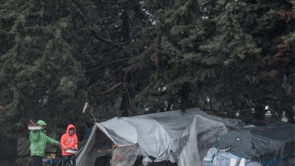 Κορωνοϊός: Ελέγχθηκαν 100 άτομα στη δομή της Μαλακάσας μετά τον εντοπισμό κρούσματος