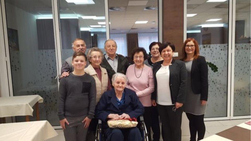 Κορωνοϊός – Σλοβενία: Γιαγιά 106 ετών νικά τον ιό