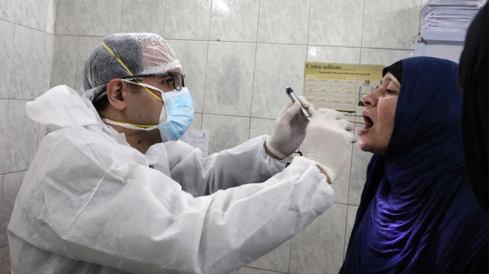 Η Αίγυπτος ξεπέρασε το ορόσημο των 300.000 κρουσμάτων – Μετρά πάνω από 17.000 νεκρούς