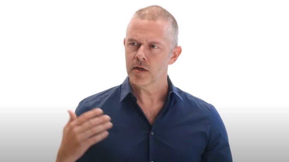 Ο Χρήστος Λούλης στο νέο σποτ για τον κορωνοϊό: «Γιατί τηρούμε αποστάσεις»