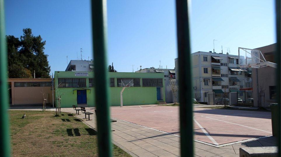 Κορωνοϊός – Κύπρος: Επιστροφή στην τάξη σήμερα για τους τελειόφοιτους Λυκείων και Τεχνικών Σχολών