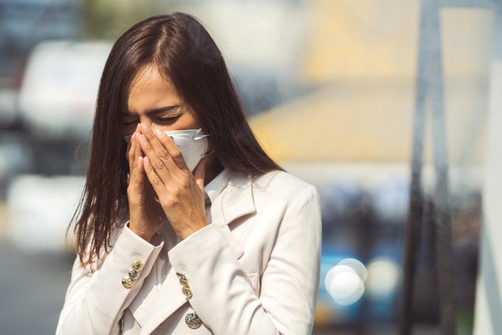 Κορωνοϊός – Μάσκα: Πόσο κινδυνεύετε να μολυνθείτε με ή χωρίς τη χρήση της