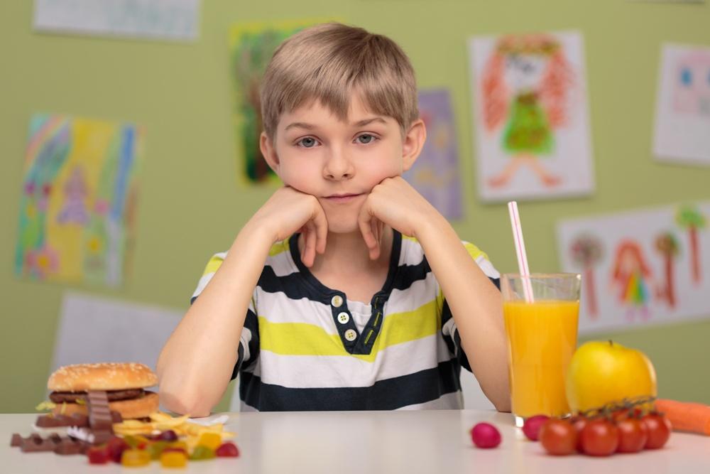 Το παιδί είναι δύσκολο στο φαγητό; Δείτε τι φταίει για τη συμπεριφορά του