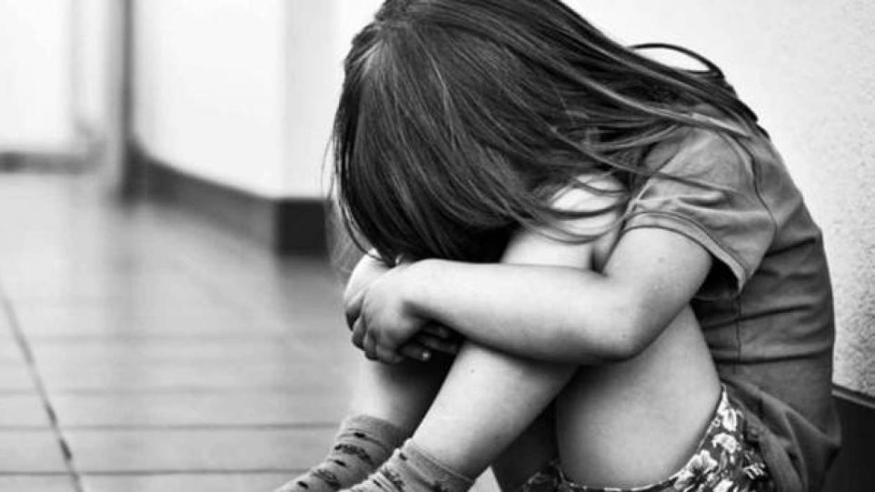 ΕΛΑΣ: Οι οδηγίες για ενδοοικογενειακή βία, προστασία των παιδιών από κακοποίηση και το διαδίκτυο