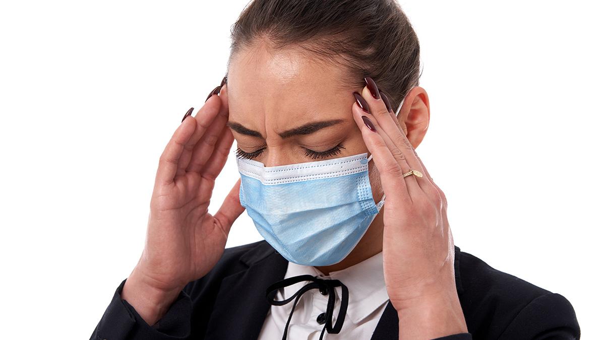 Κορωνοϊός – Παρατεταμένα συμπτώματα: Δεν απειλούν μόνο τους μεσήλικες ασθενείς