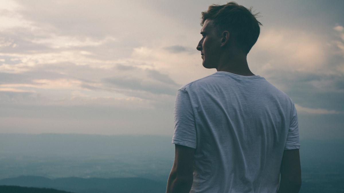 Άνδρες – Αρρενωπότητα: Ποιοι είναι επιρρεπείς σε επιθετική συμπεριφορά αλλά και κατάθλιψη