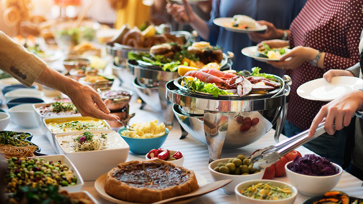 Φαγητό: Πότε χάνουμε τον έλεγχο και τρώμε περισσότερο