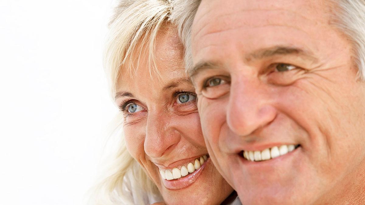 Τι συμβαίνει μετά τα 50 και το πάθος σβήνει; – Πώς θα κρατήσουμε τη σπίθα ζωντανή