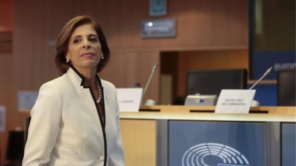 Κορωνοϊός – Κομισιόν: Οι χώρες της ΕΕ πρέπει να είναι έτοιμες για επιβολή περιορισμών
