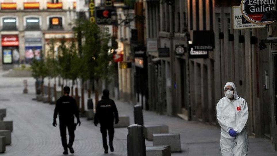 Kορωνοϊός – Ισπανία: Νέο ρεκόρ με 25.595 νέα κρούσματα