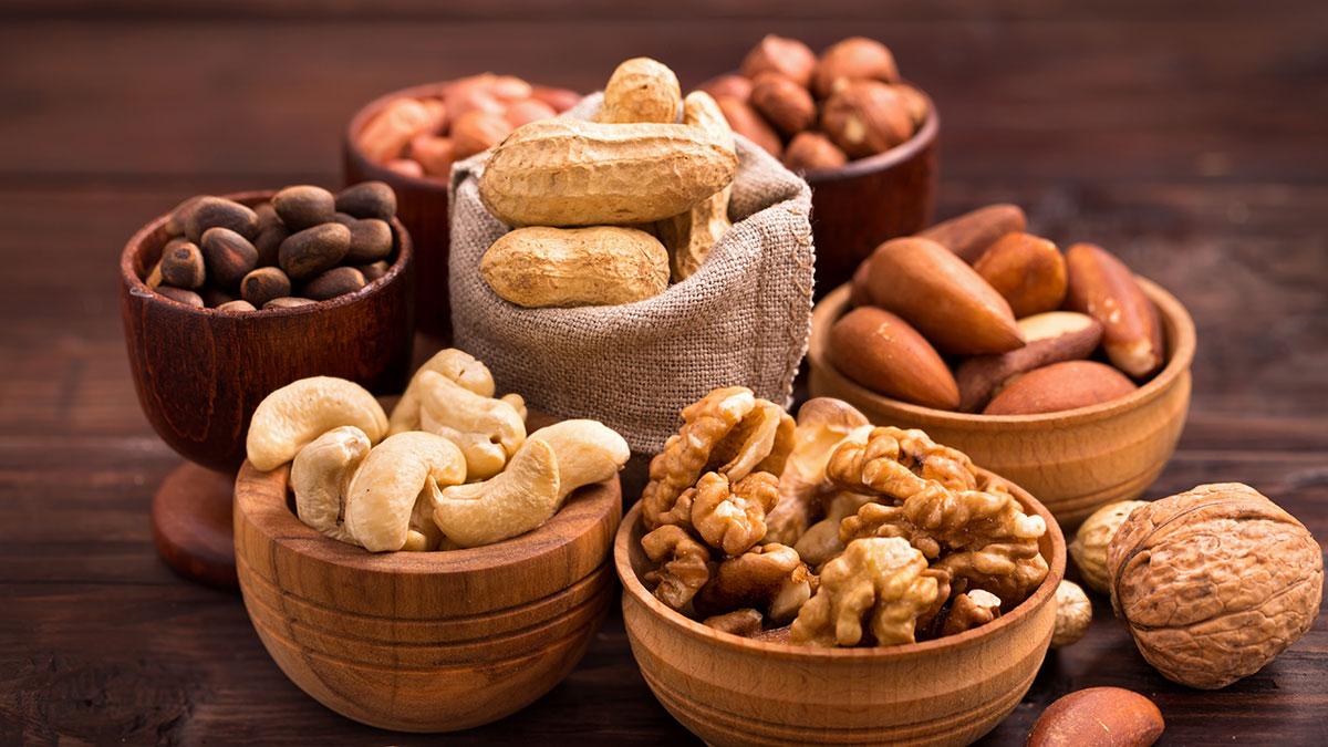 Τα πέντε καλύτερα σνακ που μειώνουν χοληστερόλη και πίεση